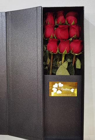 ramo-rosas-rojas-moderno
